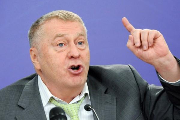 Жириновский попросил депутатов перечислить ему деньги