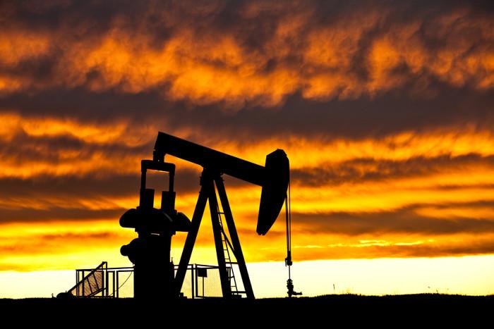 Цена нефти Brent превысила $50 впервые с начала июня