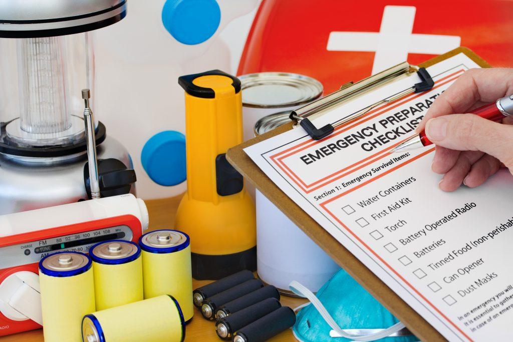 Тревожный чемоданчик: список вещей, которые должны быть у вас на все случаи