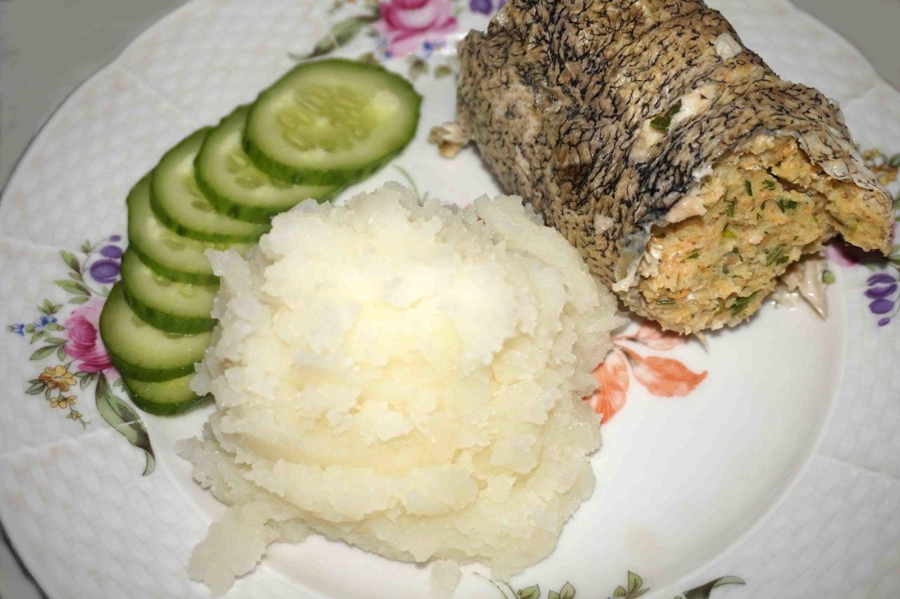 Фаршированная щука отварная пошаговый рецепт с