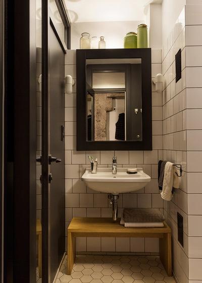 Современный Ванная комната by A-III