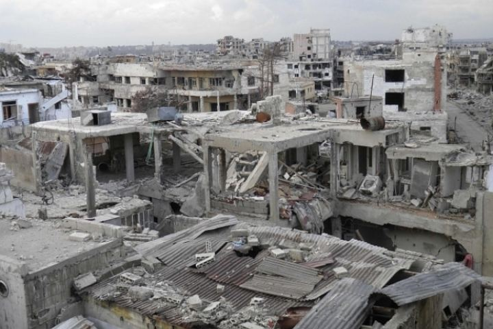 Сирийские войска выбили боевиков ИГ* из поселков под Раккой и вышли к южному берегу Евфрата