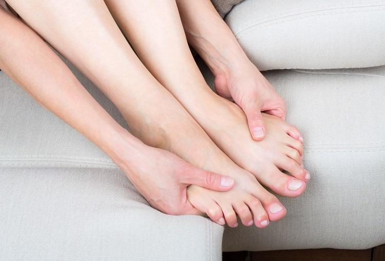 Подругу беспокоили частые боли в ногах, пока она не попробовала ЭТО! Теперь танцует до утра!