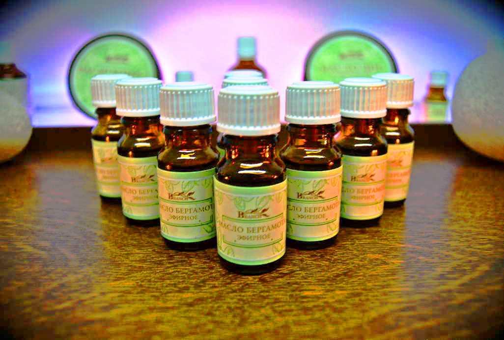 Эфирные масла против стресса и депрессии: как наполнить свою жизнь целебным ароматом