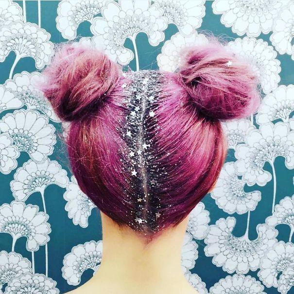 7. Блестки на проборе волосы, праздник, прическа, рождество
