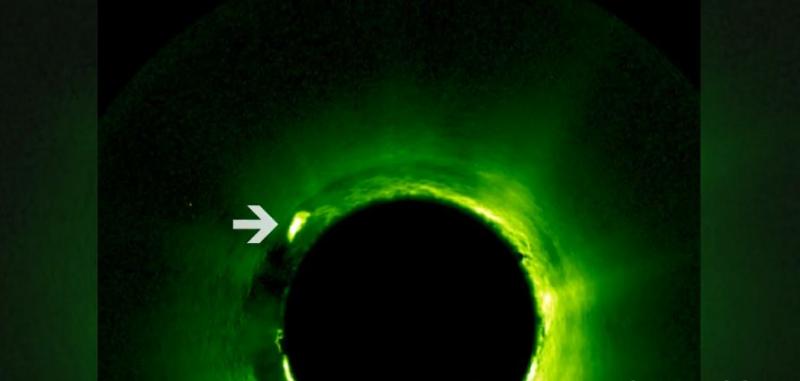 НЕЧТО, размером с Юпитер, мчится «сквозь» Солнце