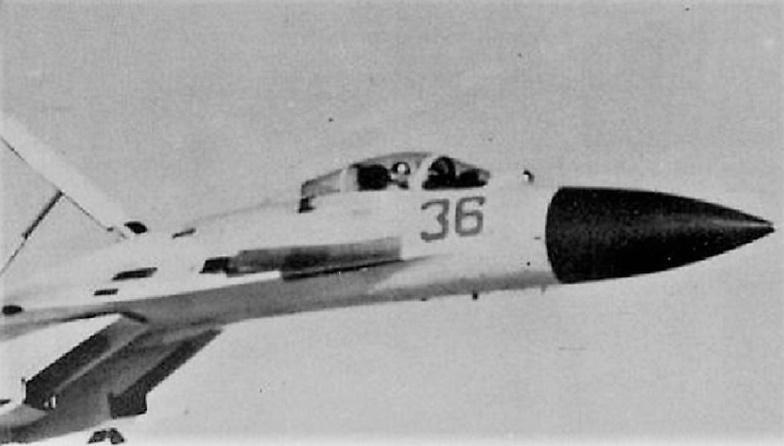 Василий Цымбал: как советский летчик-лихач унизил пилота НАТО