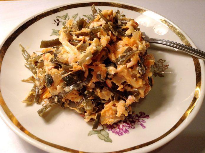 Очень полезный и вкусный дальневосточный салат. Очень рекомендую!