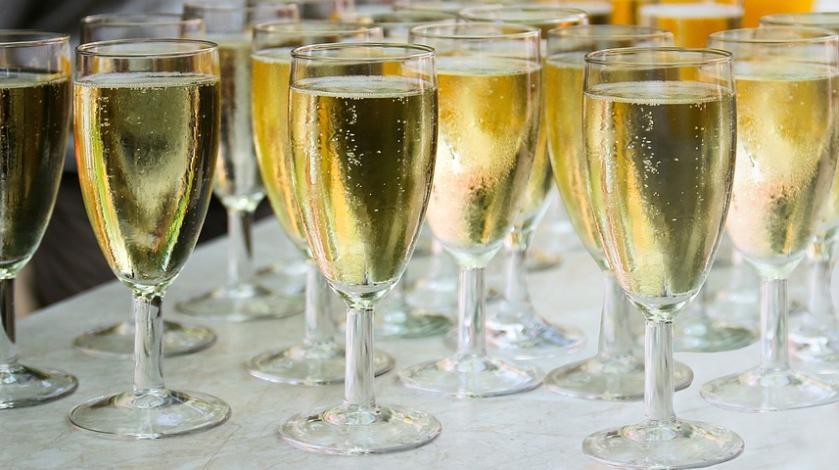 Россиян лишат алкоголя на Новый год