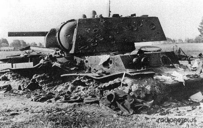 Дивизия вермахта 48 часов воевала с одним советским танком КВ-1