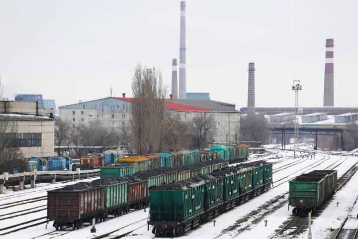 Россия спасает Донбасс углем