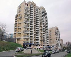 Воры ограбили восемь квартир в «депутатском доме» в Москве