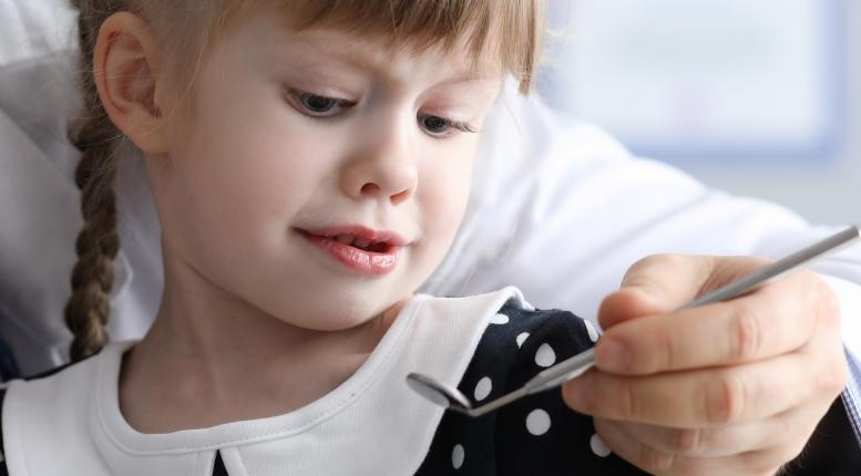 Пульпит молочного зуба может появится у ребенка в любом возрасте