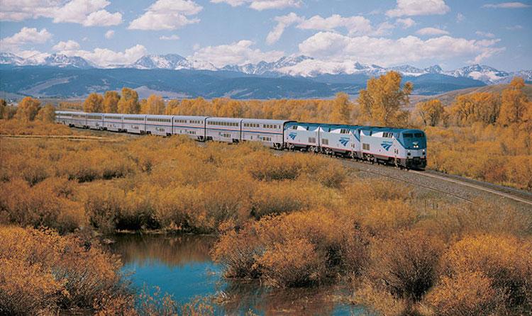 5500 км поперек Америки на поезде за $213:  путешествие Дерека Лоу