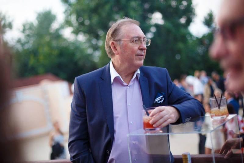Дмитрий Выдрин: на Украине победило село, а Путин — «золотая игла» России