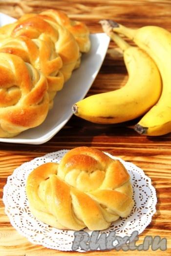 Булочки с бананом