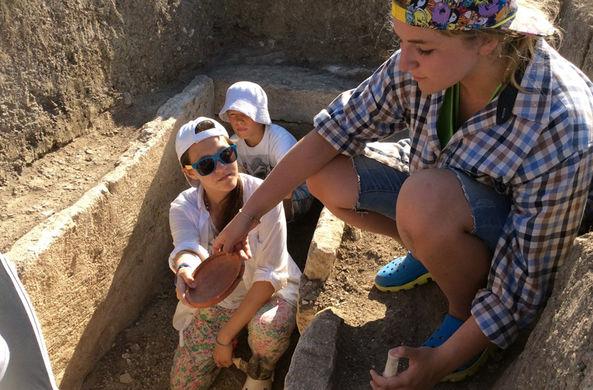 Объявлен набор волонтеров на раскопки в Крым