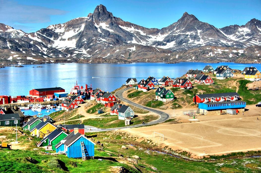 Народный референдум: в Гренландии можно, а в Крыму нельзя