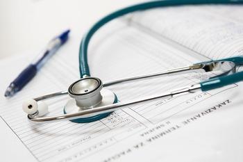 Источник сообщил об улучшении состояния раненой в пермской школе учительницы