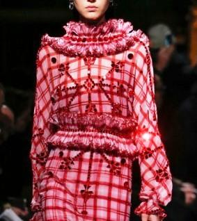 Женские образы из новой коллекции Givenchy осень-зима 2017-2018