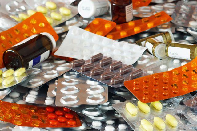 Лечение — свет! Как экономить на лекарствах