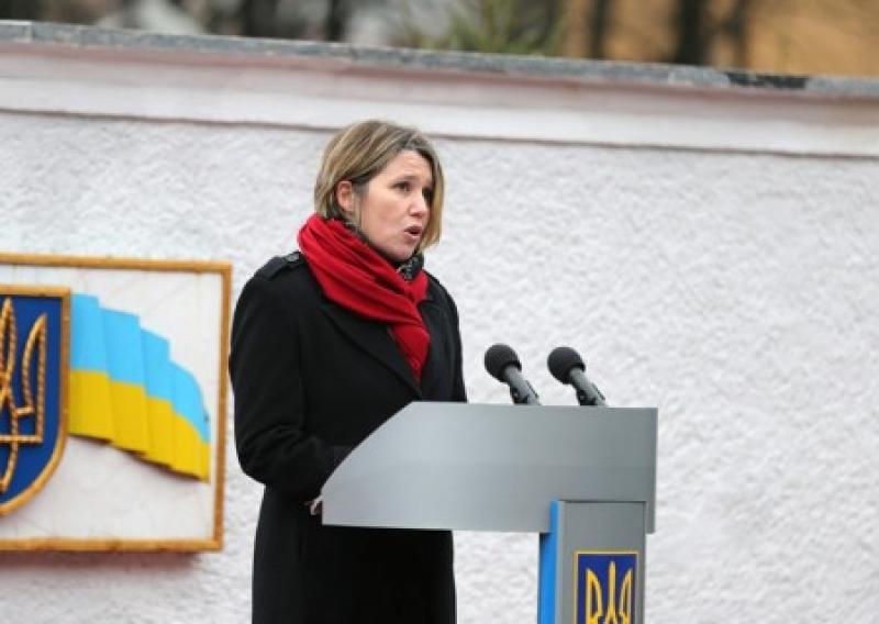 «Мы за это не платили!» Послы Канады и Британии возмущены мирным протестом Саакашвили