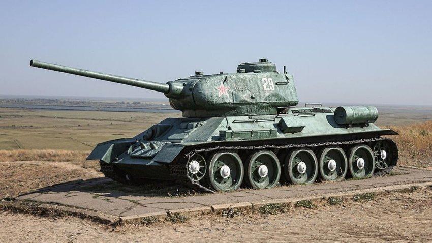 На Голанских высотах обнаружили закопанный советский танк Т-34