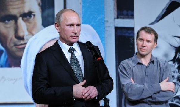 «Да дураки». Путин отреагировал на обыски у Серебренникова
