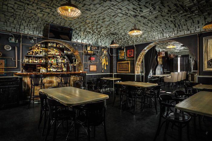 Фантастический бар Алексея Стешака