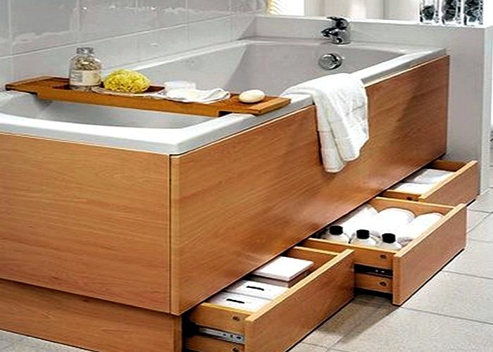 Выдвижные ящики под ванной организуют дополнительные места хранения.