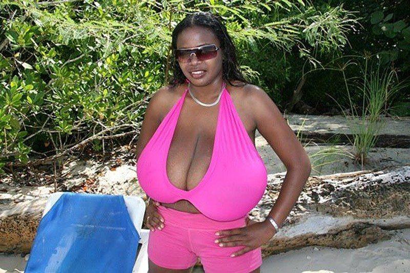 Фото чужих жен с большой грудью фото 683-691