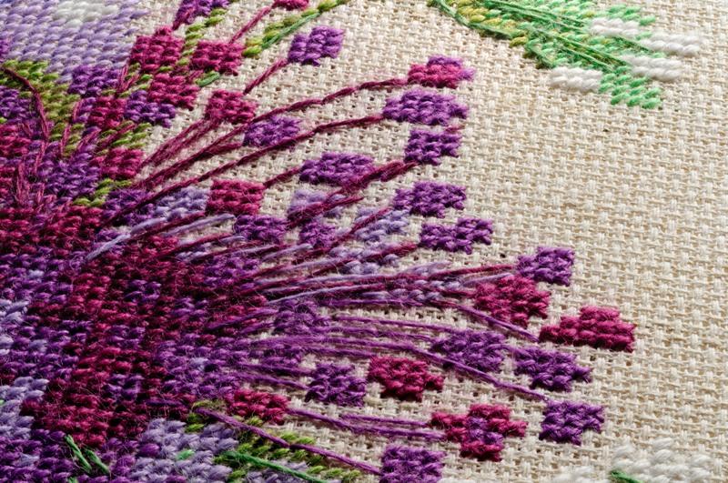 Вышивка шерстяными нитками крестом