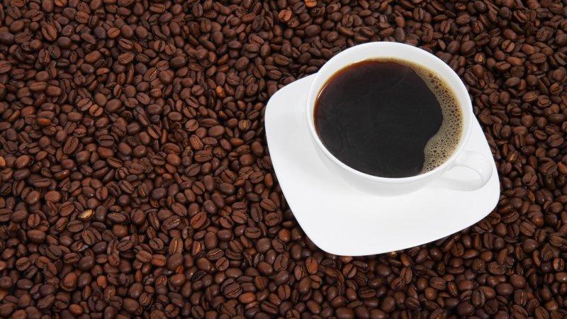 Ученые выяснили, что кофе может помочь романтическим отношениям