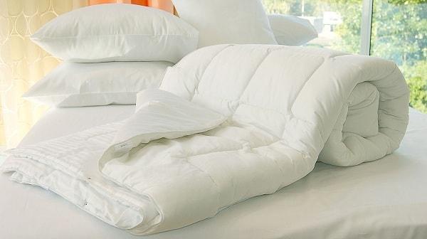 Картинки по запросу как стирать одеяло из синтепона