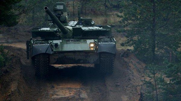 Бригады морской пехоты «потяжелеют»: «черных беретов» усилят танками