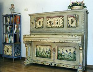 Декупаж в декоре мебели: фальшивая роспись