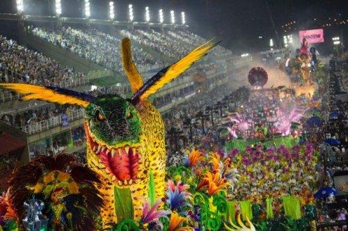 Бразильский карнавал 2017 в Рио-де-Жанейро (32 фото)
