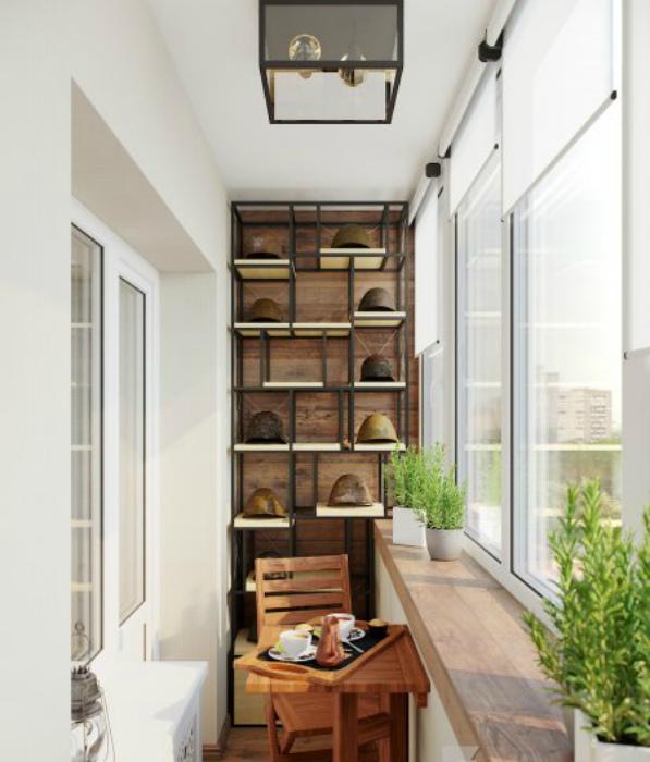 Уютный балкон в эко-стиле.
