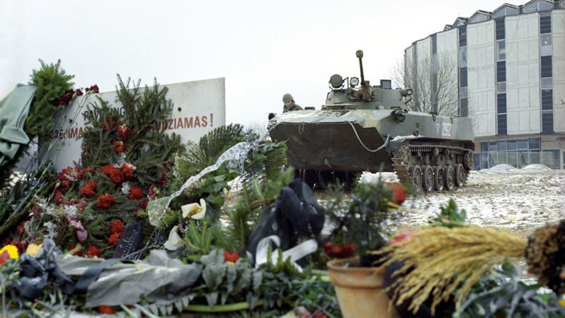 Начало распада СССР: штурм телецентра в Вильнюсе