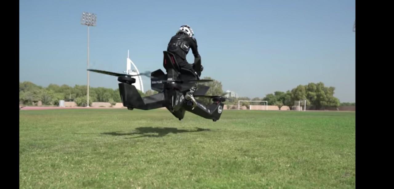 Полиция Дубая пробует новый …