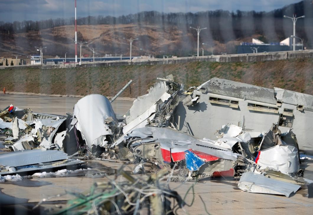 За штурвалом разбившегося в Сочи Ту-154 сидел не член экипажа?