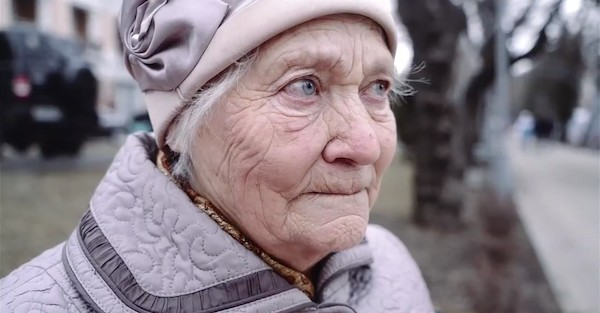 Бабушка вернулась спустя 40 лет