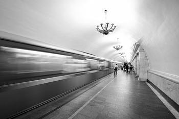 """Появились сообщения о задымлении на станции метро """"Речной вокзал"""""""