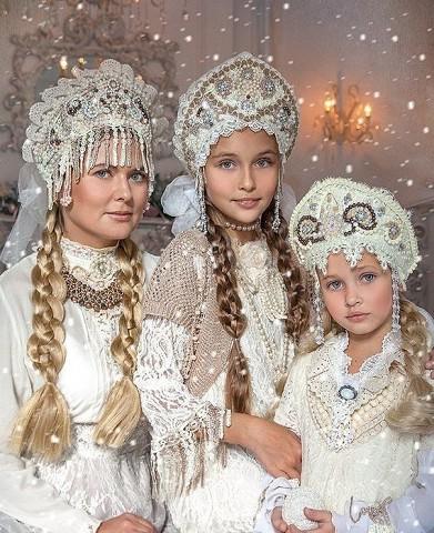Как вам русский стиль семейной фотосессии?
