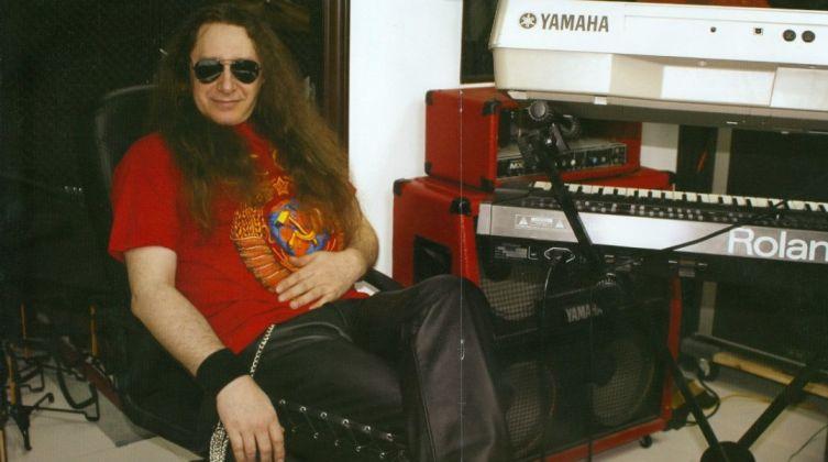 Сергею Сарычеву - 60! Какова история песни «Крутится волчок»?