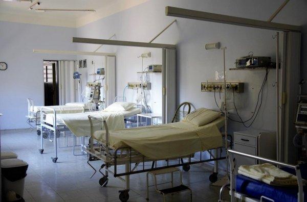 Только эвтаназия… Латвия «безнадежно больна»