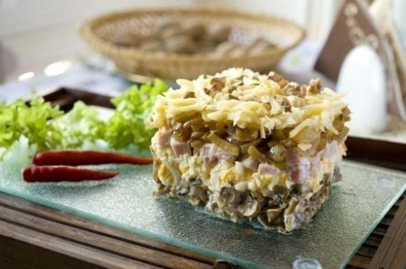 Роскошный салат «Боярский». Гурманы оценят!