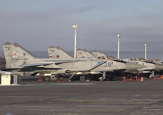 Истребители Тихоокеанского флота впервые отработали отражение атаки условного противника в Арктике