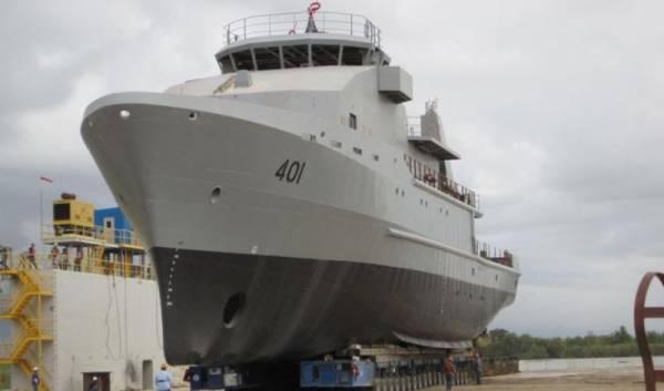 США разработали новый проект: лучше уж беспилотный корабль, чем с американскими военными