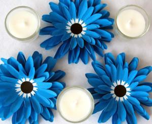 Как сделать цветок из цветной бумаги своими